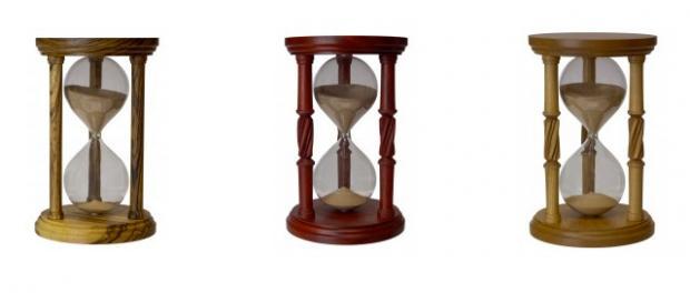 hourglass-urns