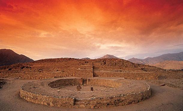 ancient-site-of-Caral,-Peru