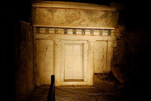 Philip's tomb